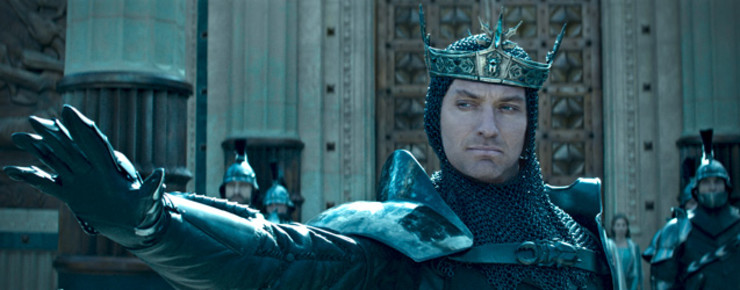 Trailer 3: Jude Law in «King Arthur: Legend of the Sword»