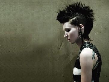 Spannung aus dem Norden: Claire Foy wird in der Fortsetzung der «Millenium»-Reihe die raffinierte Hackerin Lisbeth Salander spielen (Im Bild: Rooney Mara in «Verblendung» aus dem Jahr 2011).
