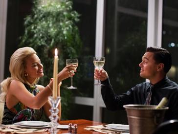 Prost! Alkohol hat im Fall von Margot Robbie beim Dreh von «The Wolf of Wall Street»bestens geholfen.