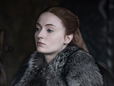 Die rothaarige Sophie Turner kennen und lieben wir als kühle und beherrschte Sansa Stark. Doch ursprünglich...