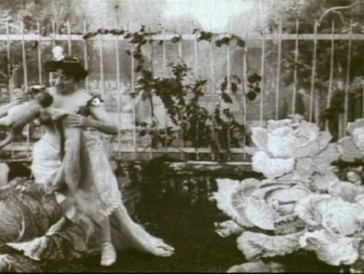 «La Fée aux choux», réalisé par Alice Guy en 1896.
