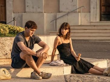 Ein Eis in der flirrenden Hitze der Toskana: Ein Sinnbild für Mariannes und Connells On-Off-Beziehung.