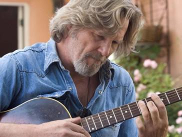 ...das begehrte goldene Männchen konnte er allerdings erst 2010 für seine Performance als abgehalfterter Country-Musiker Bad Blake im herzerwärmenden Drama «Crazy Heart» mit nach Hause nehmen.