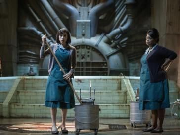 Elisa (Sally Hawkins) macht mit einem geheimen Experiment im Hochsicherheitslabor eine schicksalsträchtige Entdeckung.