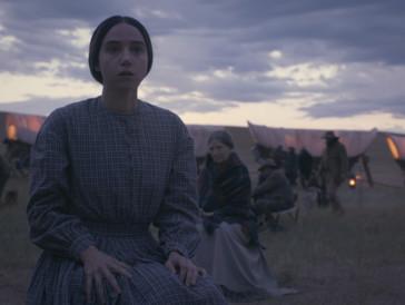 Eine starke Zoe Kazan spielt eine zweifelnde Frau: Alice Longabaugh auf ihrem Weg nach Oregon.