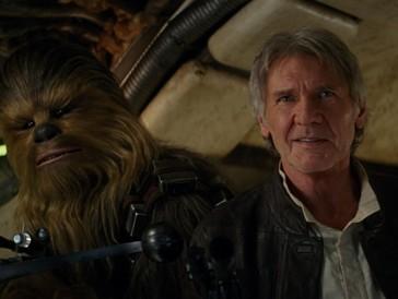 Platz 3 |  «Star Wars – Das Erwachen der Macht» (2015) war seit 2005 der erste «Star Wars»-Film der Hauptreihe. Die Erwartungenen an die Weiterführung der Kult-Sci-Fi-Reihe war dementsprechend riesig. Mit zahlreichen neuen, aber auch alten Gesichtern begeisterte er sowohl alteingesessene Fans als auch jene, die nicht mit den Kult-Filmen aufgewachsen sind, und brachte neuen Wind in das Franchise. (Weltweiter Umsatz: 2068,3 Mio $)