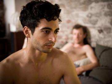 Ein zentrales Thema im Film ist die Homosexualität, die im Irak noch immer ein grosses Tabu ist.