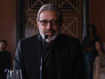 Hat auch ein Wörtchen mitzureden: Jeff Goldblum kehrt für den neusten Teil der beliebten Dinosaurier-Reihe als Dr. Ian Malcolm auf die Grossleinwand zurück.