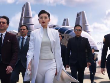 Wer hartnäckig sucht, findet vielleicht Anspielungen auf unsere immer stärker automatisierte Welt: Tian Jing alias Liwen Shao hat eine genaue Vorstellung von der Zukunft.