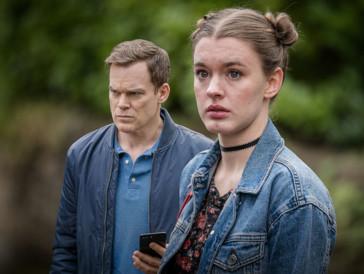 Als Toms Tochter Jenny nach einer Party nicht mehr nach Hause zurückkehrt, begibt sich der panische Vater auf Spurensuche.