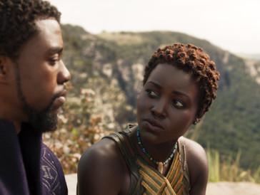 Ein grosses Erbe: Black Panther alias Chadwick Boseman mit Nakia (Lupita Nyong'o).