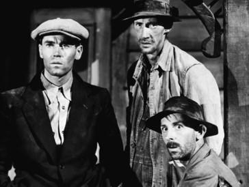 Henry Fonda, John Carradine & John Qualen dans The Grapes of Wrath (1940)