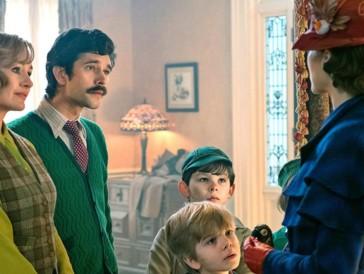 Mary Poppins in ihrem neuen superkalifragilistikexpialigetischen Abenteuer.