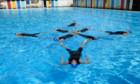 Bilder: Swimming with Men