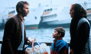 """1991 war es dann endlich soweit: Xavier Koller gewann als erster Schweizer Regisseur einen Oscar - und zwar für sein Immigrations-Drama """"Reise der Hoffnung""""."""