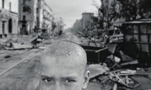 """Die Dokumentation """"War Photographer"""" war 2002 in der Kategorie """"Bester Dokumentarfilm"""" nominiert - aber auch Regisseur Christian Frei konnte die Statue nicht nach Hause holen."""