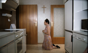 Pictures: Paradies: Glaube