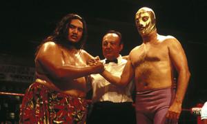 L'homme au masque d'or